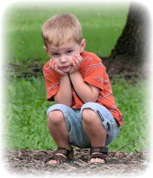 sarışınn çocuk squat